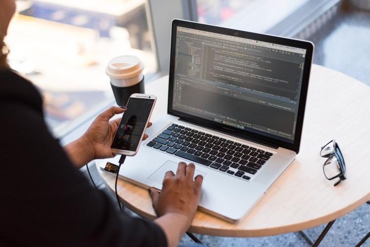 论文检测系统的工作原理是什么
